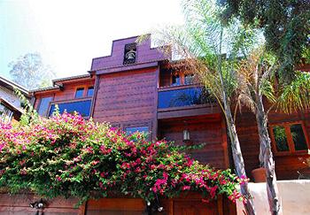 Morrisons House